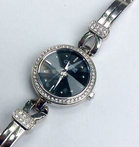 New no tag, Women's Caravelle Crystal Watch, (43L108) by Bulova Peterborough Peterborough Area image 1
