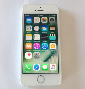 Apple iPhone 5S 16GB Silver on Bell / Virgin Like New Condition