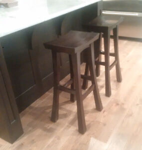 SET OF TWO (2) SOLID OAK BAR STOOLS, Espresso Finish
