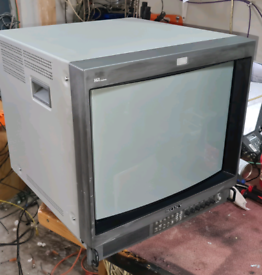 Sony 20inch pvm20m4e retro gaming monitor. Rgb. Audio. Composite and