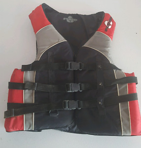 2 adult life jackets S/M and L
