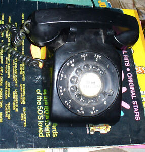 vintage 1950s/60's black rotary dial office telephone working