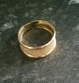 9ct Gold Ring Size R