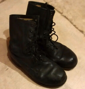 Sturdy Black Leather ARMY / COMBAT / MILITARY Boots Surplus