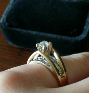 23 Diamonds! 14k Two tone Gold Ring