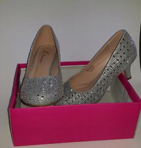 Low heels 7.5