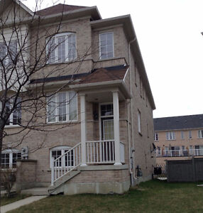 One Bedroom for Rent on Main Floor at Danforth/Birchmount road