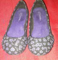 Girl's shoes size 13