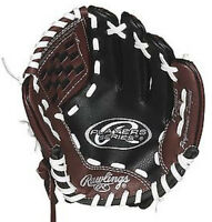 Brand new 9 inch Rawlings baseball glove 3 - 5 years