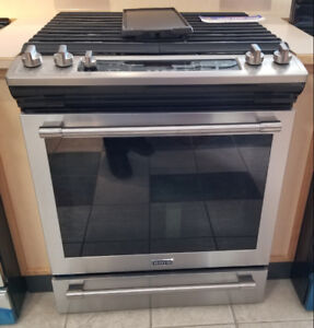 Maytag® 30-INCH WIDE GAS RANGE WITH TRUE CONVECTION AND MAX CAPA