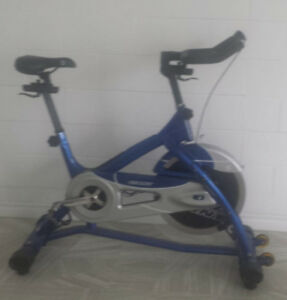 Commercial Fitness Equipment Giant Spinning Exercise Bike
