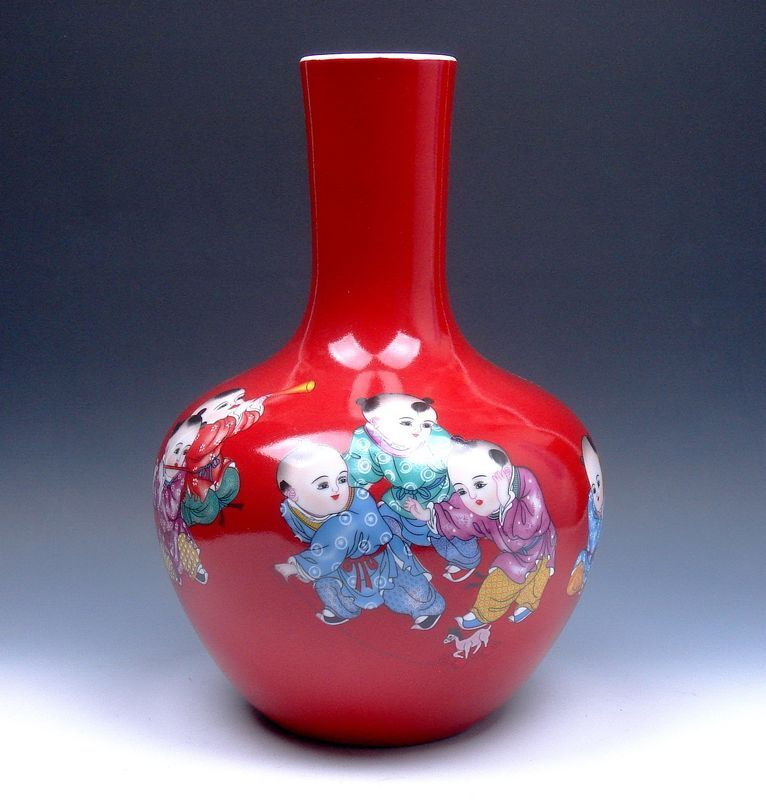 """Red Glazed Porcelain Famille-Rose Kids Playing Painted LARGE HEAVY Vase 12.5"""" H"""