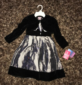 Brand new dress Size 5. Silver and black