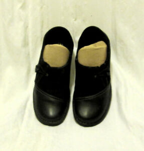 Clarke's Artisan Ladies Leather Shoes