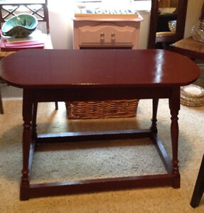 Reduced to Go ! $40~Antique Hall Table ~