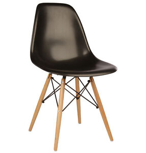 NEW Eames chaise/chairs