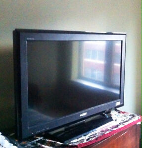 """32"""" Sony Bravia LCD TV for $140!!!"""