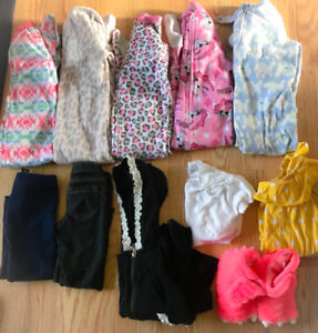 **LOT OF GIRLS SIZE 4 CLOTHING FOR SALE**