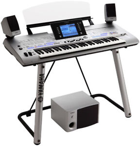 Yamaha Tyros 4 Excellet condition!!