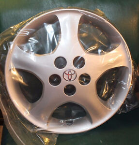 15'' Toyota Corolla Hubcap / Wheel Cover