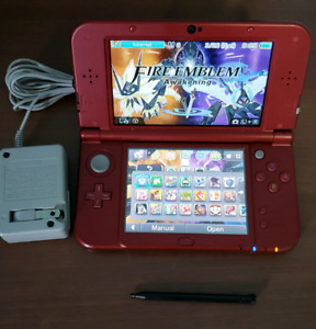 NEW 3DS w/ LOTS OF GAMES