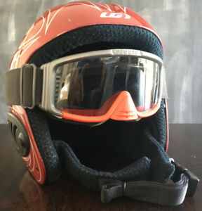 CASQUE SKI JUNIOR LOUIS GARNEAU & LUNETTE CARRERA ROUGE