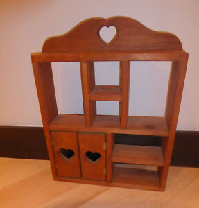 Small country-style knick knack shelf, very good condition Kitchener / Waterloo Kitchener Area image 1