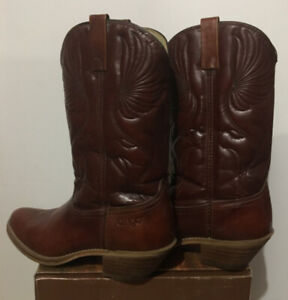 a36b0ec175d Cowboy Boots | Buy or Sell Used or New Clothing Online in London ...