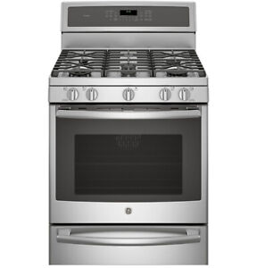 """GE 30"""" 5.6 cu. ft. Gas Range with Self-Cleaning Convection Oven"""