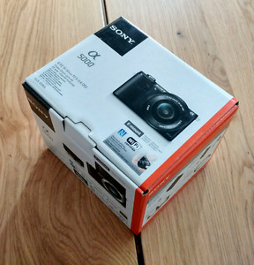 Sony a5000 Camera - BNIB w/16-50mm lens and all accessories