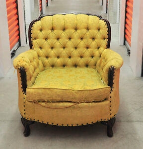 Fauteuil style Louis XV Arm Chair