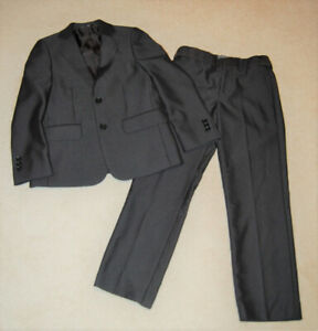Newberry Boy Dark Grey Suit Jacket and Pants Size 8 - Like NEW