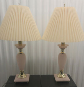 Vintage Beautiful table lamps tri light 3 way high end stuff