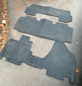 Honda All-weather Rubber Floor Mats for 2014-2017 Honda Odyssey