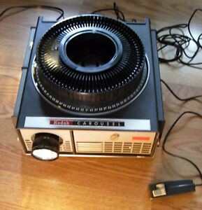Vintage WORKING Kodak Carousel 550 Projector Remote & Slide Tray