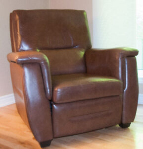 Buy Or Sell A Couch Or Futon In Gatineau Furniture