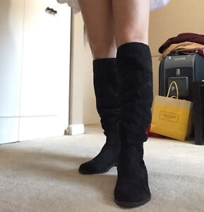 Aldo boots for ladies, nice form & good condition,