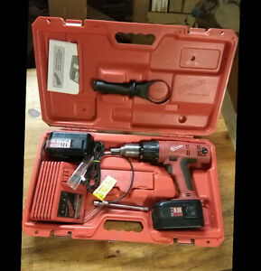 Milwaukee 18 V 2,4amp perceuse/dril' hevy duty