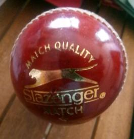 Slazenger Match Quality Cricket Ball One Star 5.9 Oz