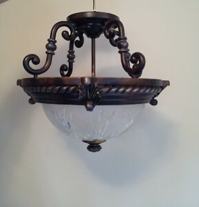 ***REDUCED PRICE Semi-flush light fixture  15 inch diameter ****