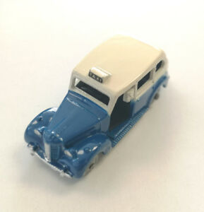 Dublo Dinky Toys Austin Taxi No 067 with  Box