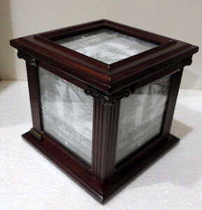 Bombay wooden/glass cube photobox decorative accent London Ontario image 7