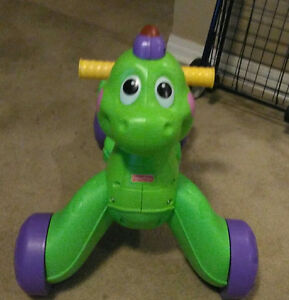 Dino learn to walk & ride !