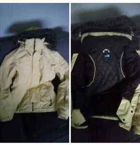 *REDUCED!*  Womans Authentic North Face Jacket szM
