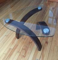Table basse / table à café en verre et bois
