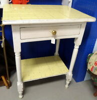 Vintage Table / Wash Stand - BLUE JAR Antique Mall