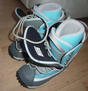 Snowboard boots, women's 7, very good condition
