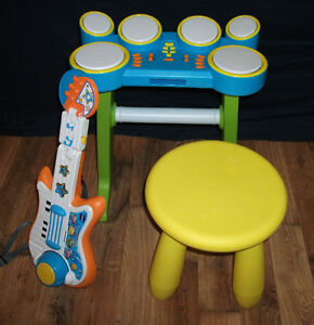 9 lot de jouets musical (NÉGOCIABLE)
