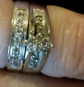 NEW PRICE!! Need Gone-Wedding Ring Set