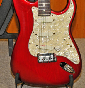 Fender 1994 Strat Plus Deluxe guitar, U.S.A, Collector Quality